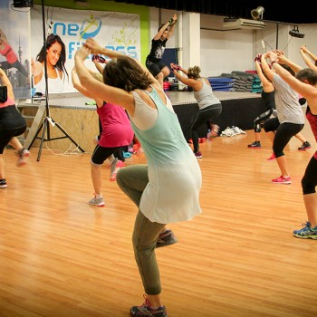 Zumba - cours danse -Neofitness-Salle de fitness angers-club de remise en forme angers-Les Mills angers-Montreuil-Juigné-Angers 49